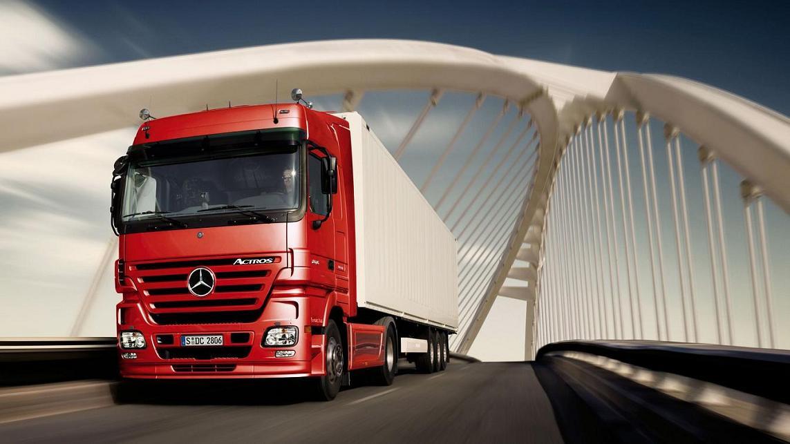 حمل و نقل و باربری با انواع تریلی ها