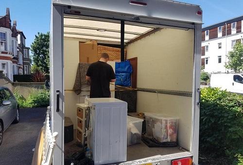 حمل اثاثیه و جهیزیه با کامیونت مسقف