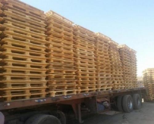 حمل پالت چوبی با تریلی از سنندج به کرمان
