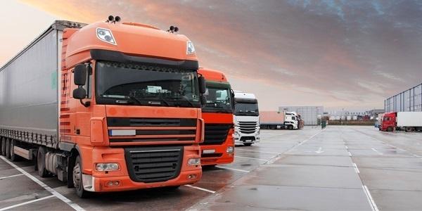 حمل و نقل بار و کالا با تریلی به نهبندان