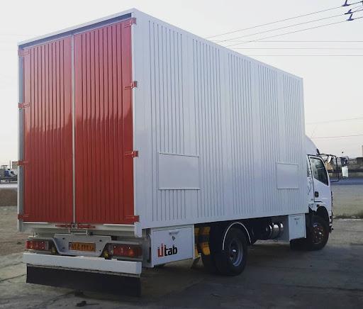کامیونت مسقف با اتاقک فلزی